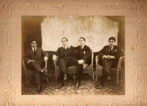 Esteban Imaz, abuelo materno de Jokin, en Rosario, hacia 1920.